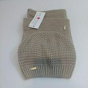 NWT Calvin Klein Waffle Knit Scarf Hat 2pc Set Tan